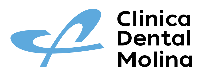 Clínica Dental Molina